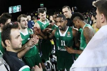 Darussafaka celebrates playoffs